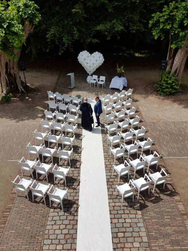ballonhart-ceremonie-bruiloft-t-Hof-Blooming-Bergen