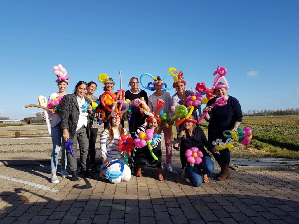 groepsfotoballonworkshoptandarts 1 1024x768 - Workshops