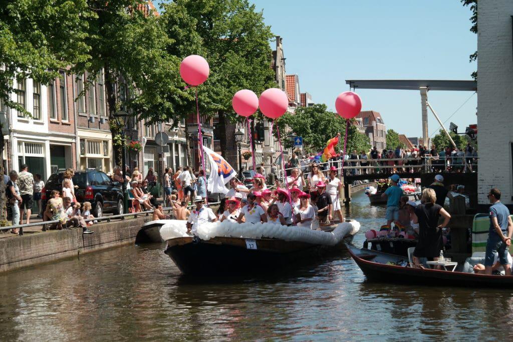 VVD-boot-grachtenparade-alkmaar