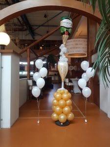 ballonnen-champagnefles-helium-ballontros-ballondecoratie