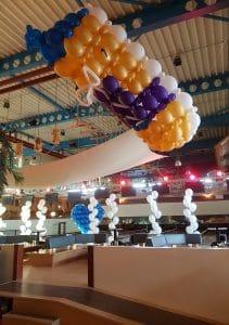 zaal-overzicht-ballondecoraties-bruiloft-de-geus-broek-op-langedijk