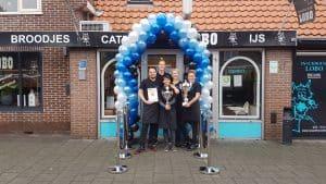 Snackhouse-Lobo-Oudorp-Alkmaar-eerste-prijs-gewonnen-ballonboog-De-Decoratieballon