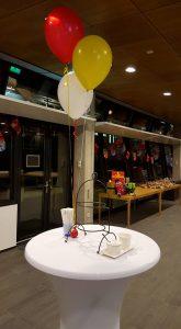 Sinterklaasfeest-ballontros-helium-statafel-De-Decoratieballon