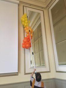magneetsysteem-om-op-grote-hoogte-te- werken-De-Decoratieballon-Alkmaar