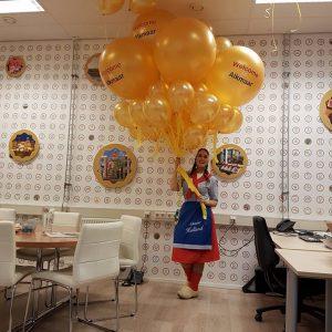 grotebedrukteheliumballoneerstekaasmarkt2017WelcominAlkmaarDeDecoratieballonAlkmaar 300x300 - Bedrukte ballonnen