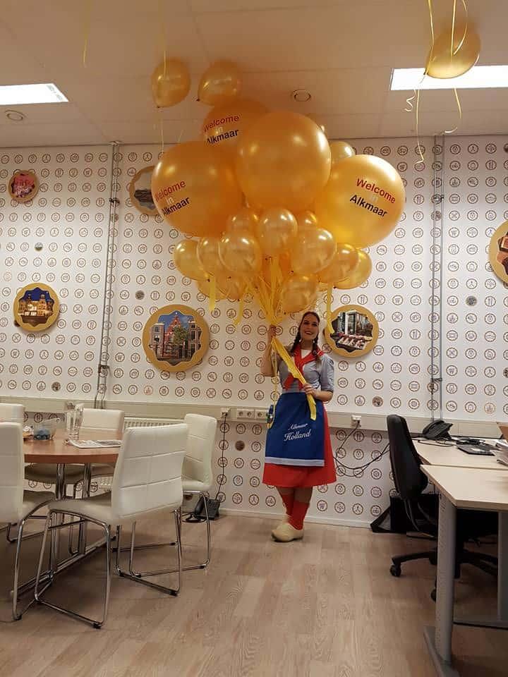 bedrukte-grote-helium-ballon-1ste-kaasmarkt-alkmaar-De-Decoratieballon