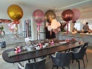 20210524 123453 300x225 - Organic ballondecoratie van allerlei maten ballonnen